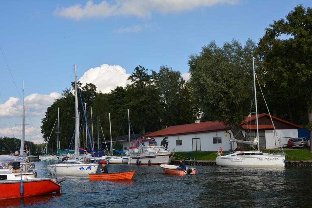 Przeglądasz zdjęcia w artykule: IV Żeglarskie Mistrzostwa Polski  Seniorów 60+ 15 – 17 września 2017 r.