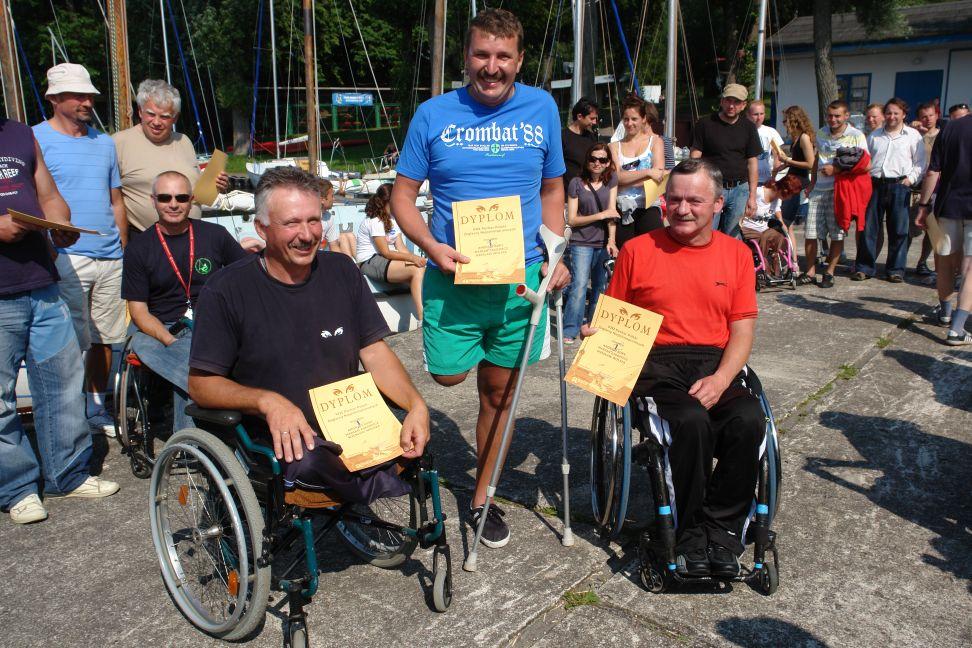 Przeglądasz zdjęcia w artykule: VIII Puchar Polski Żeglarzy Niepełnosprawnych – I Edycja  30 - 31 lipca 2011