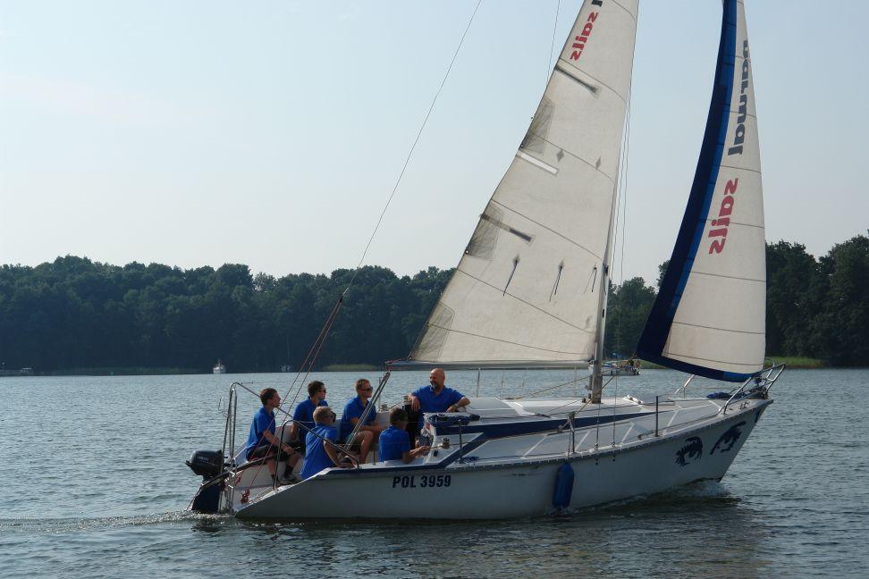 Przeglądasz zdjęcia w artykule: Kurs żeglarski Litewskiego Stowarzyszenia Chorych na Hemofilię Giżycko, 04 – 17 sierpnia 2011