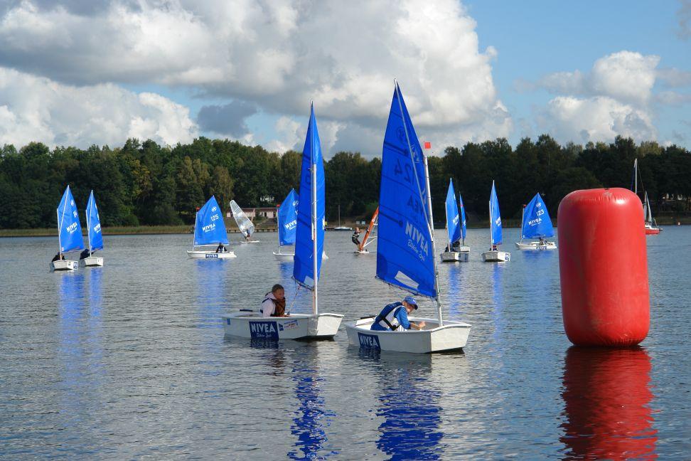 Przeglądasz zdjęcia w artykule: XIV Puchar Mazurskiej Szkoły Żeglarstwa 17 września 2011