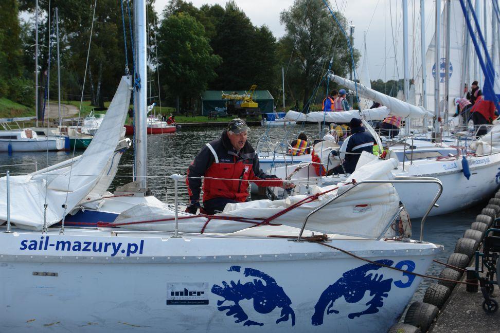 Przeglądasz zdjęcia w artykule: VIII Puchar Polski Żeglarzy Niepełnosprawnych – III Edycja 29 - 30 września 2011